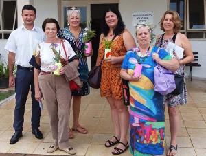 João Martins com grupo em visita ao Zuissenkyo